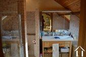 Goed gerenoveerd huis aan een meer Ref # Li547 foto 44