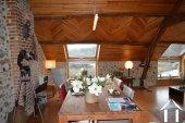 Goed gerenoveerd huis aan een meer Ref # Li547 foto 53
