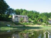 Goed gerenoveerd huis aan een meer Ref # Li547 foto 4