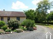 Gelijkvloerse bungalow met dubbele garage Ref # Li551 foto 30