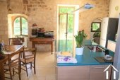 """Prachtig gerenoveerd 11e eeuws domein 'en pierre"""", met chambres d'hôtes en gites, zwembad en een fenomenaal uitzicht met 3.4ha Ref # MPLS1004 foto 34"""