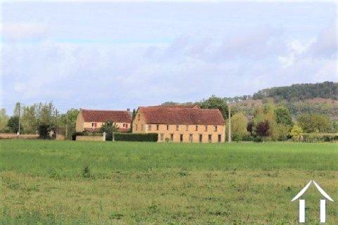 Zeer mooi gerenoveerd huis 'en pierre' met zwembad en 5000 m² terrein Ref # MPLS1018