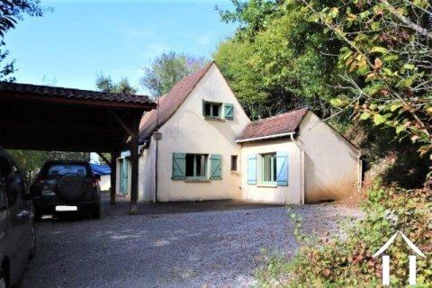 Klein huis in de Périgord Noir met 1488 m² terrein Ref # MPLS1021