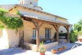 """Prachtig gerenoveerd 11e eeuws domein 'en pierre"""", met chambres d'hôtes en gites, zwembad en een fenomenaal uitzicht met 3.4ha Ref # MPLS1004 foto 4"""
