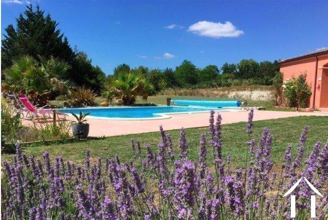 Hedendaagse villa met zwembad en panoramisch uitzicht   Ref # MPOP0062 foto 10