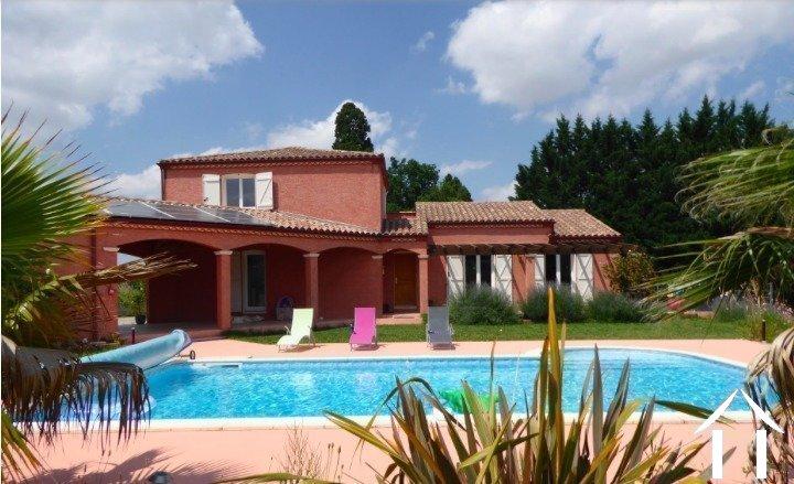Hedendaagse villa met zwembad en panoramisch uitzicht   Ref # MPOP0062 Hoofd foto Ger Haubtbild