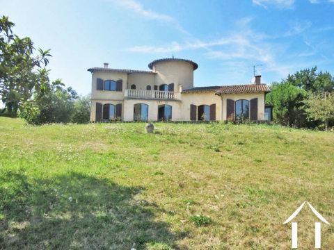 Vrijstaand woonhuis, met sous-sol -garage en een prachtige tuin 7200m2 Ref # MPP9074
